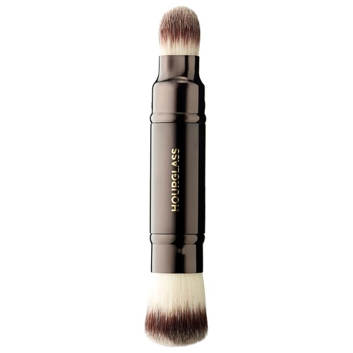 Closeup   double 20end 20complection 20brush