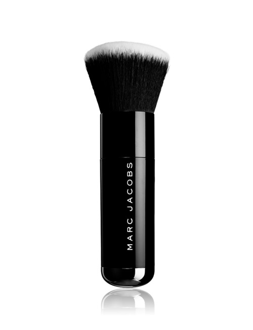 Closeup   brushes the face iii buffing fdt brush