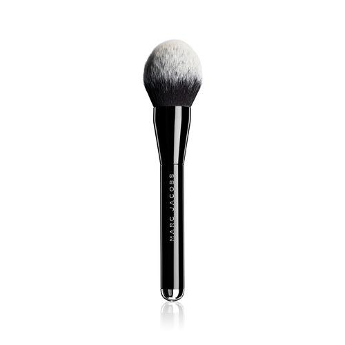 Closeup   bronzer brush 12
